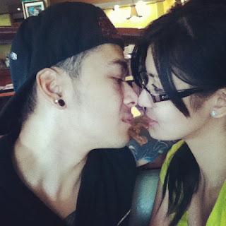 Iwa Motto kissing bf Leandro Munoz
