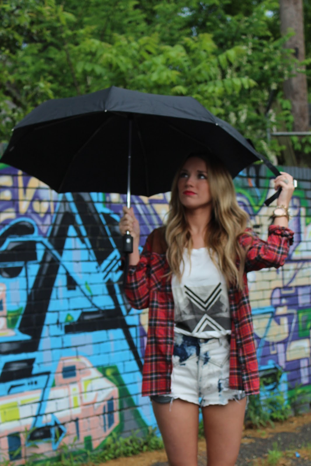 vintage, hunter boots, rain, flannel, graphic tee, denim cut offs