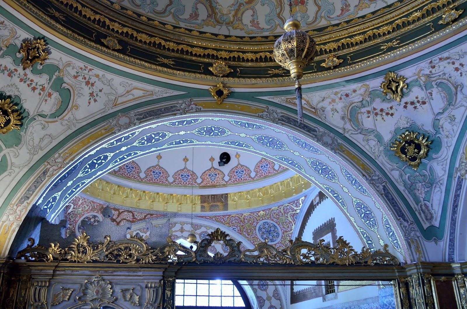 Viaggio a istanbul tredicesimo giorno istanbul giorno iv parte 3 - Il divano di istanbul ...