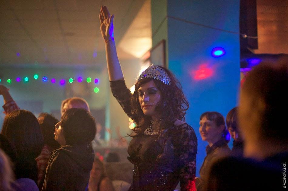 transvestiti-v-pitere