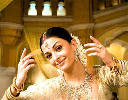 Aishwarya rai first movie is guru