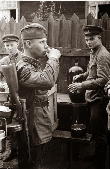 Ворошиловский паёк в красной Армии.