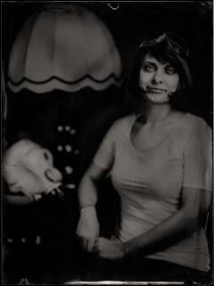 Ambrotime - Studio of Victorian Photography, Portrait einer jungen Frau №3, Dmitriy Klein, ambrotype, 18x24cm