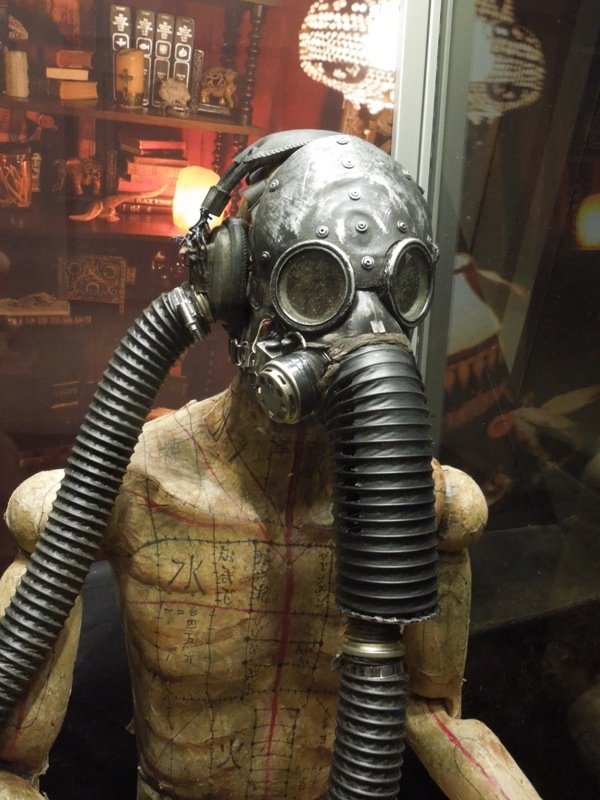 Insidious Chapter 2 gas mask mannequin prop