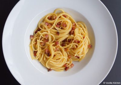 http://noplainvanillakitchen.blogspot.com/2011/03/pastasaucen-ii-carbonara.html