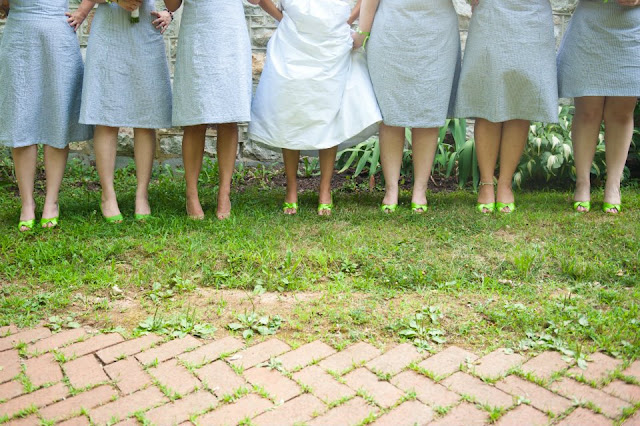 how to introduce your bridesmaids to each other, wedding party social ideas, wedding party getting to know you ideas, wedding party icebreakers, ideas for things bridesmaids can do together, ways to introduce your bridesmaids to each other, catholic weddings, catholic bridesmaid ideas, catholic wedding party ideas, catholic bridesmaid advice, catholic marriage prep, catholic wedding planning, catholic bride blog, blog for catholic brides, catholic wedding blog, captive the heart, natalie franke bridesmaid photo, natalie franke photography, bridesmaid shoe shot