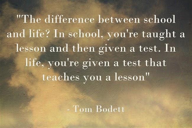 Khác nhau giữa trường học và trường đời