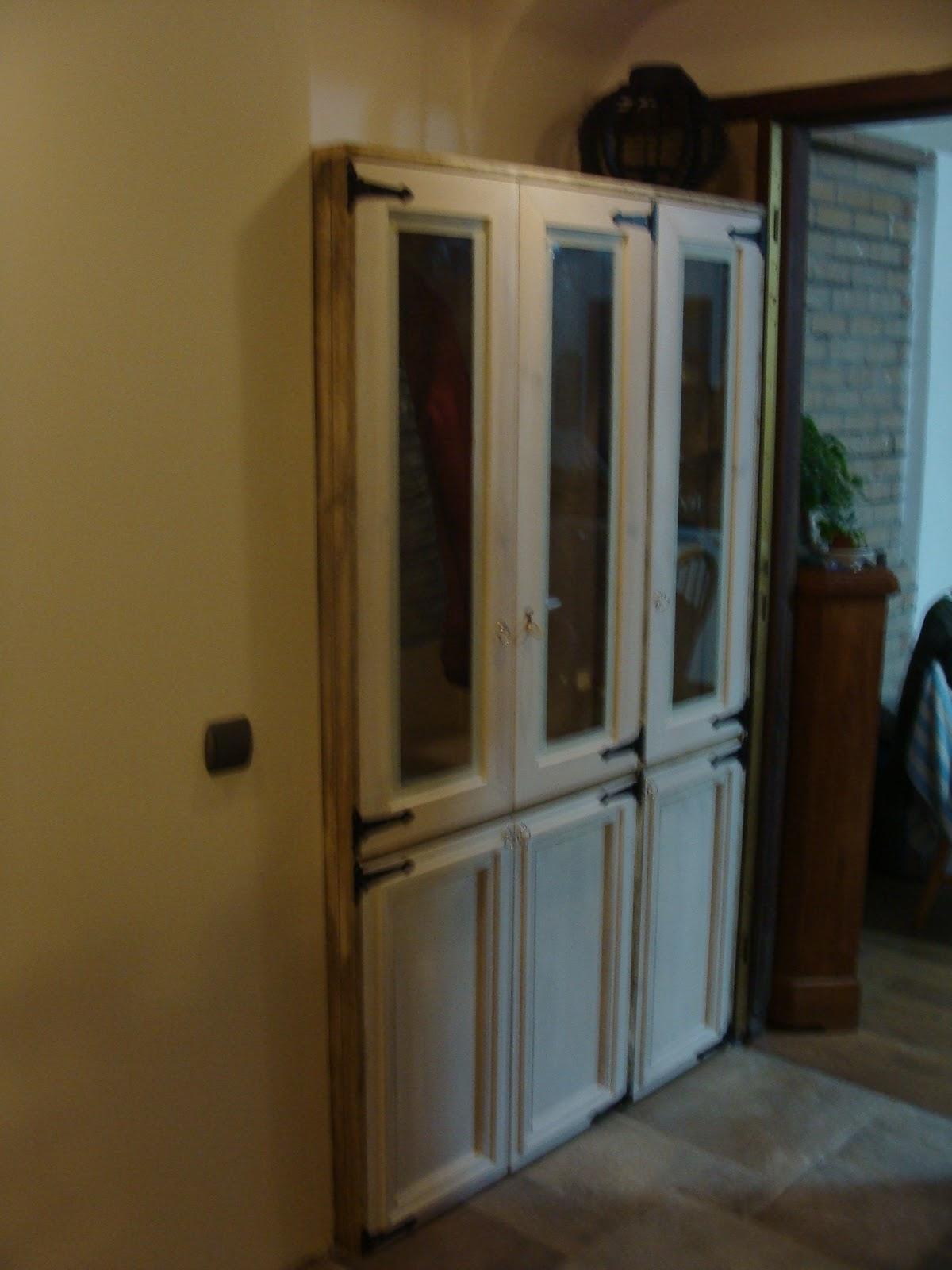 Andocarpinteando armario con materiales reciclados for Reciclado de puertas