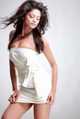 hot sexy Shreya stunningly hot photo shoot