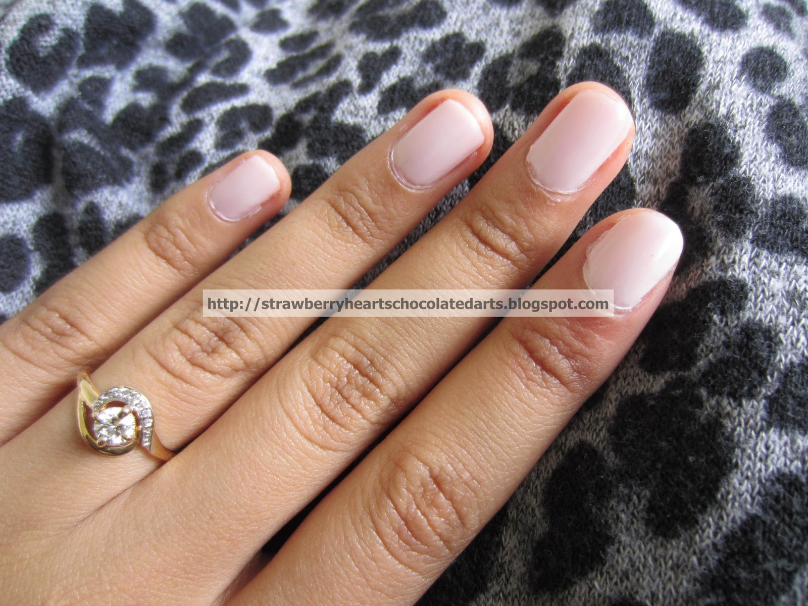 strawberry hearts chocolate darts lacquer love essie nail polish
