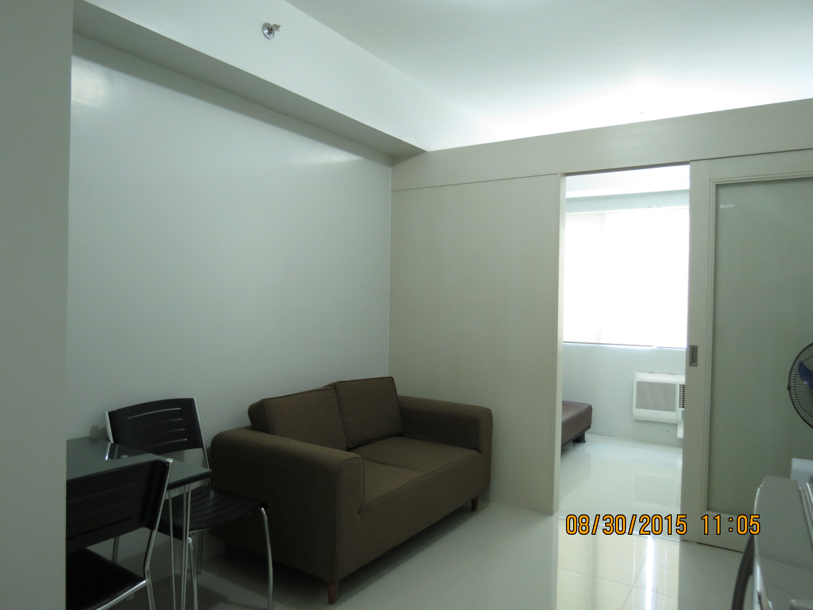 rent property in two bgc tower balcony serendra fully bedroom for condo parking furnished meranti floor taguig img with city