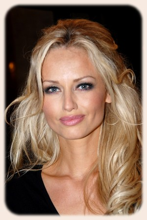 Hairstyles for Big Forehead - Celebrities Hairstyle Ideas