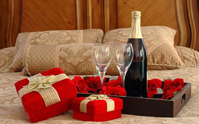 Rosas Rojas y una Botella de Champagne para San Valentín