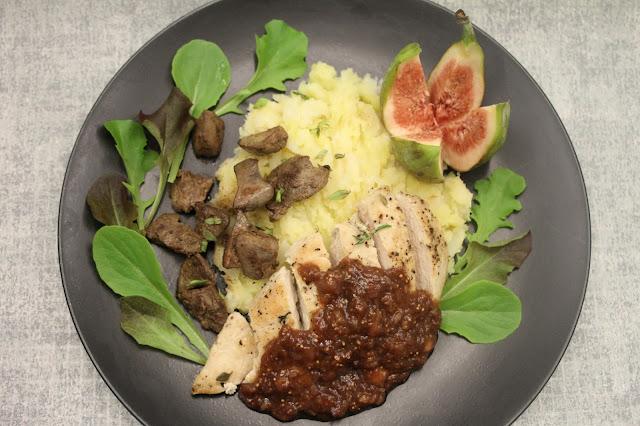 Broilerinfileetä, broilerinmaksaa ja viikuna-balsamicokastiketta
