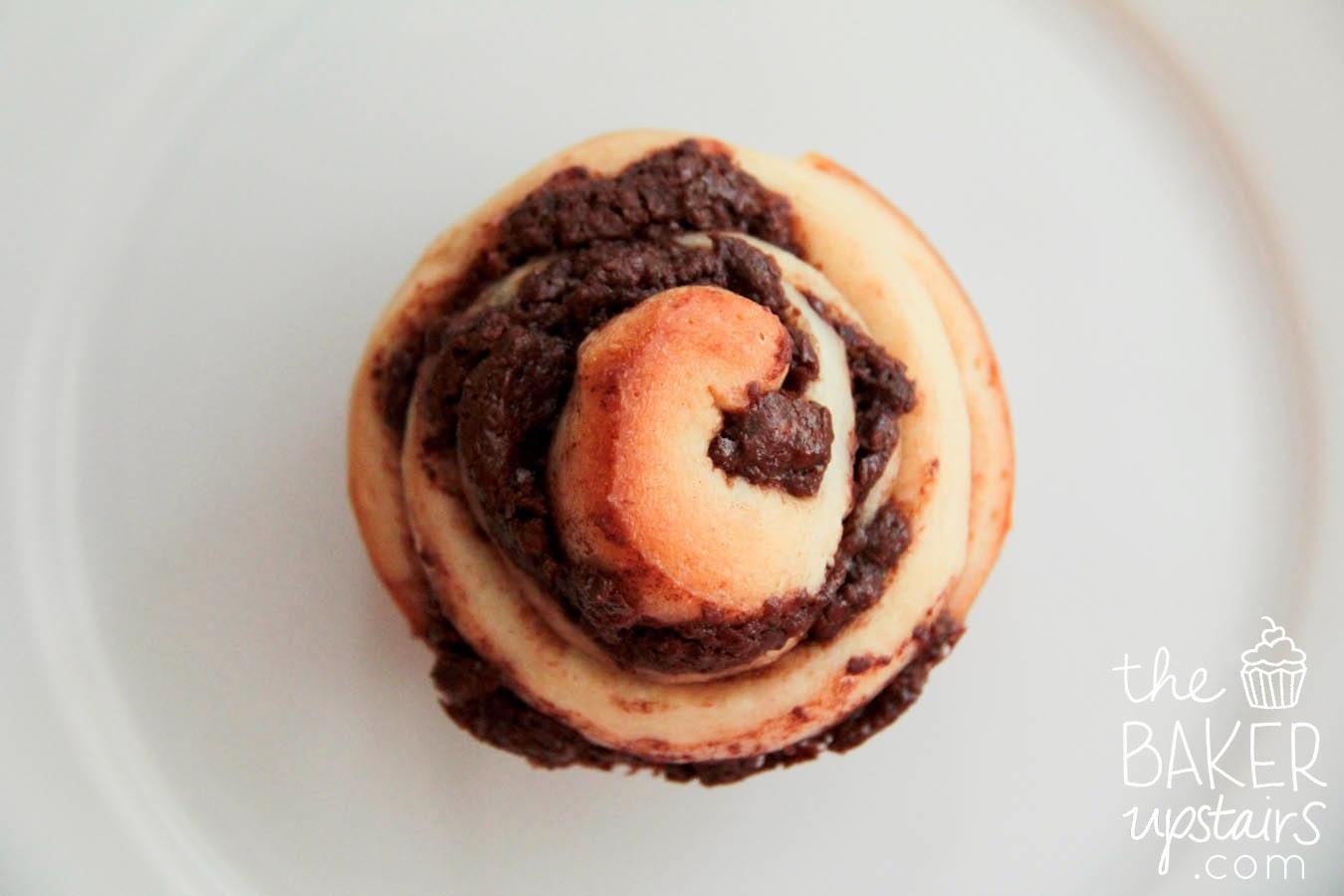 The Baker Upstairs: chocolate swirl buns