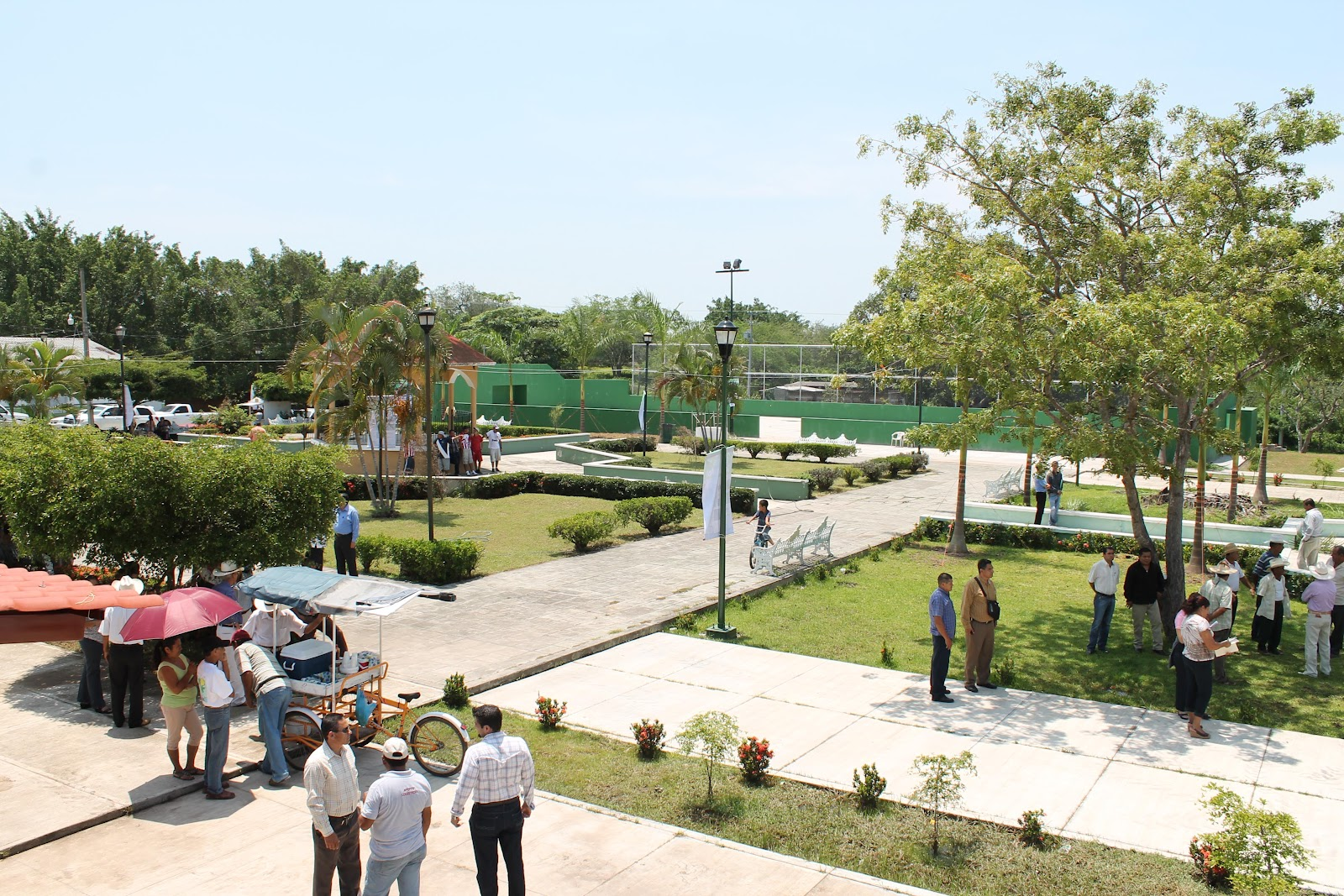Gobcol entregan remodelaci n de jard n en buenavista for Remodelacion de jardines