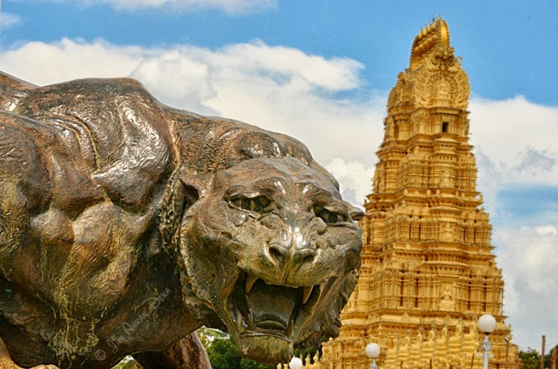 A bronze lion statue in front of Shweta Varahaswamy temple at Mysore Palace (Photo - Jim Ankan Deka) | 2013