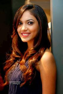 Actress-Ritu-Varma-Stills-at-Vinegar-The-Spanish-Fashion-Brand-Launch