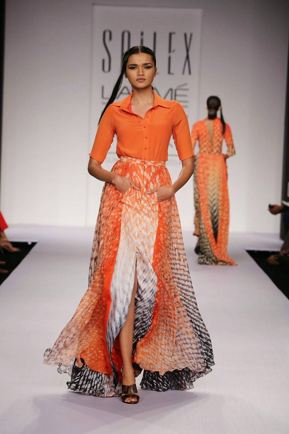 Bringing to the forefront of fashion at Lakmé Fashion Week Summer/Resort 2014, Sailex presented a stunning line of stylish women's wear that fitted in perfectly with the rising mercury.