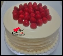 WHITE CAKE