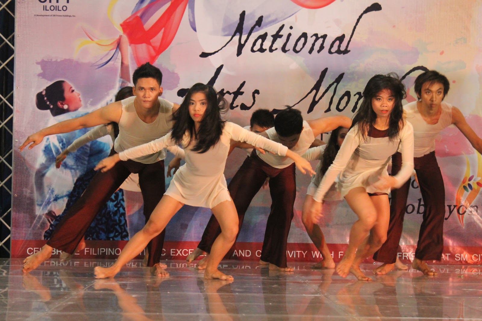 sayaw pinoy 2012 a touring dance These are the maria clara dances this dance is classified under maria clara dances ng full literature ng sayaw paki send po ng sagot.