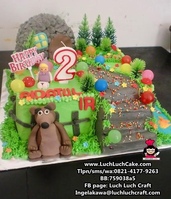 Kue Tart Ulang Tahun Masha And The Bear Daerah Surabaya - Sidoarjo
