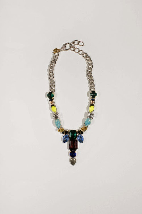 http://www.swankboutiqueonline.com/crystal-cab-y-necklace/