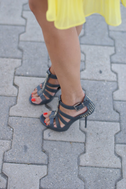 Cesare Paciotti, studded sandals, Fashion and Cookies, fashion blog