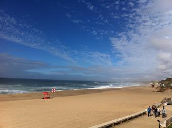 Praia Santa Cruz no seu melhor.