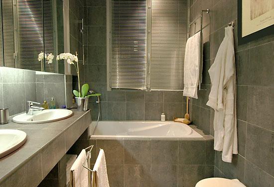 Baños Gris Con Blanco:Decoración de baños grises – Colores en Casa