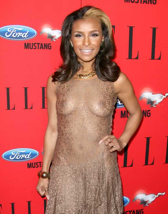 Melody Thornton shows off her Nipples