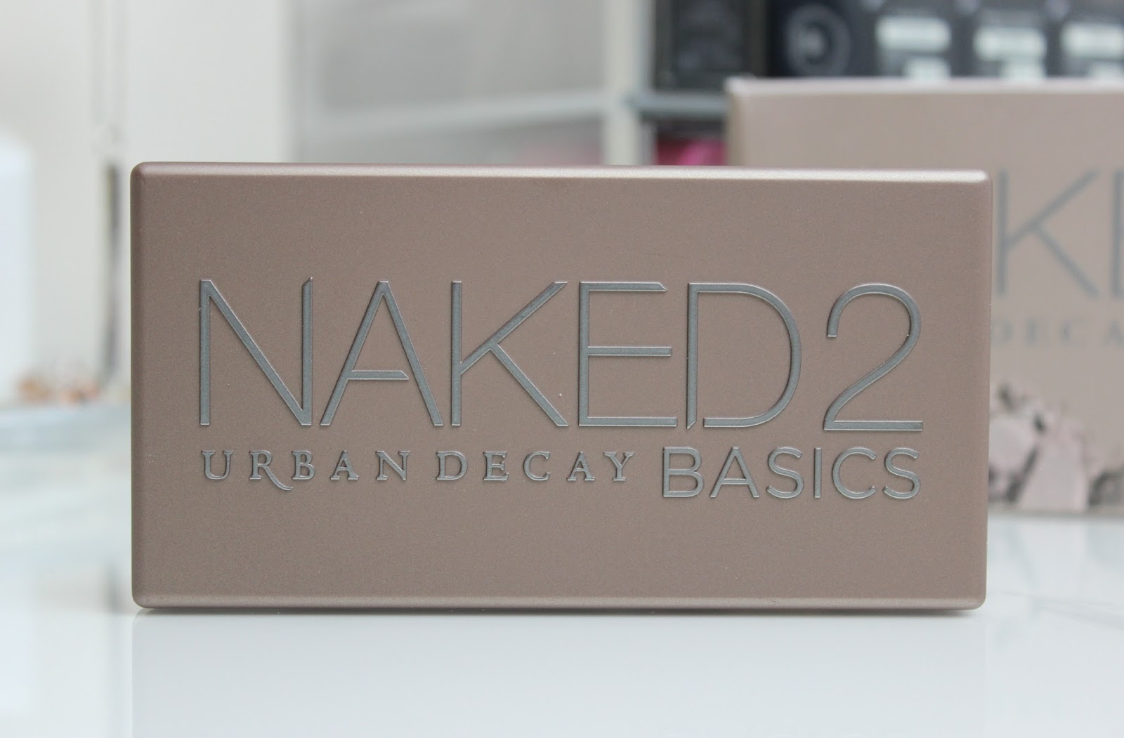 A picture of Urban Decay Naked Basics 2