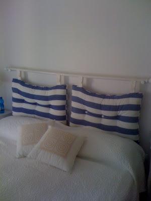 A and a testata letto fai da te for Testiere letto a cuscino