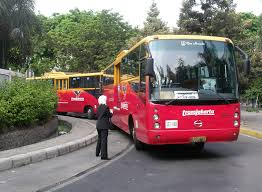 2. Bus Trans Jakarta dan APTB