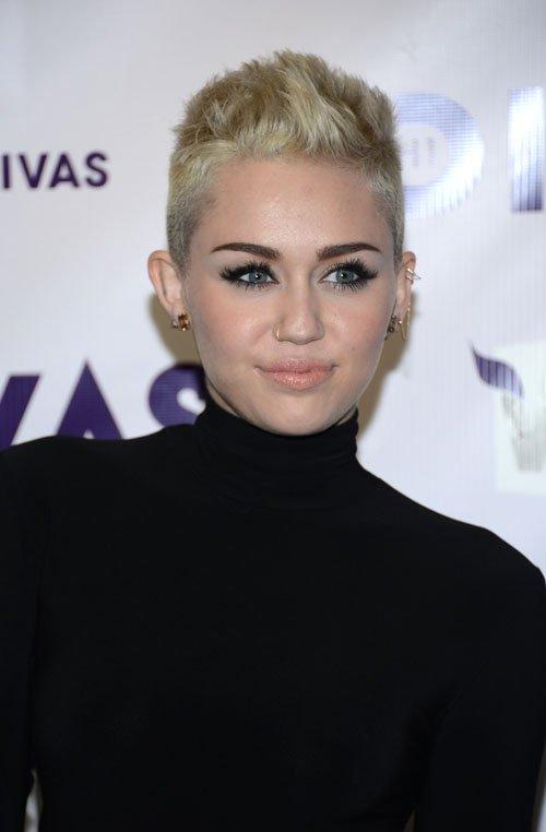 Miley Cyrus en VH1 Divas 2012 Miley-diosa-diva-004