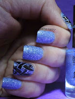 http://cathenail.blogspot.fr/2013/05/accent-nail-tribal-lacrylique-jeu.html