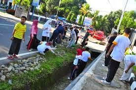 Semangat Kekeluargaan dan Gotong Royong sebagai Bentuk Kerjasama dalam Masyarakat yang Beragam dalam Bingkai Bhinneka Tunggal Ika