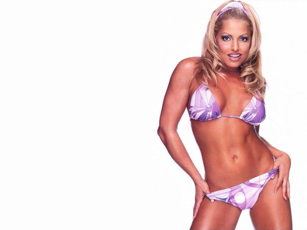 trish stratus sex photos