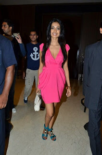 Sara Jane Dias Spotted in a pink Mini Skirt Spicy Pictures