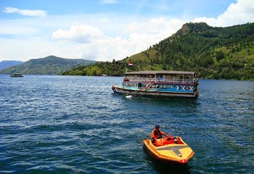 10 Danau Terdalam Di Indonesia