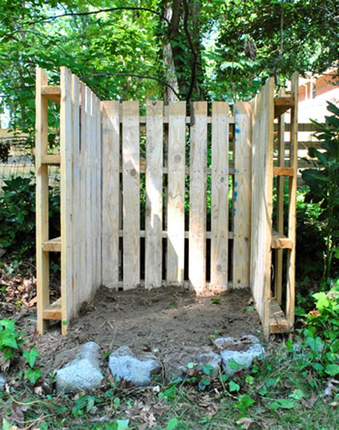 bricolage e decora o como usar paletes de madeira recicladas para decorar o seu jardim. Black Bedroom Furniture Sets. Home Design Ideas