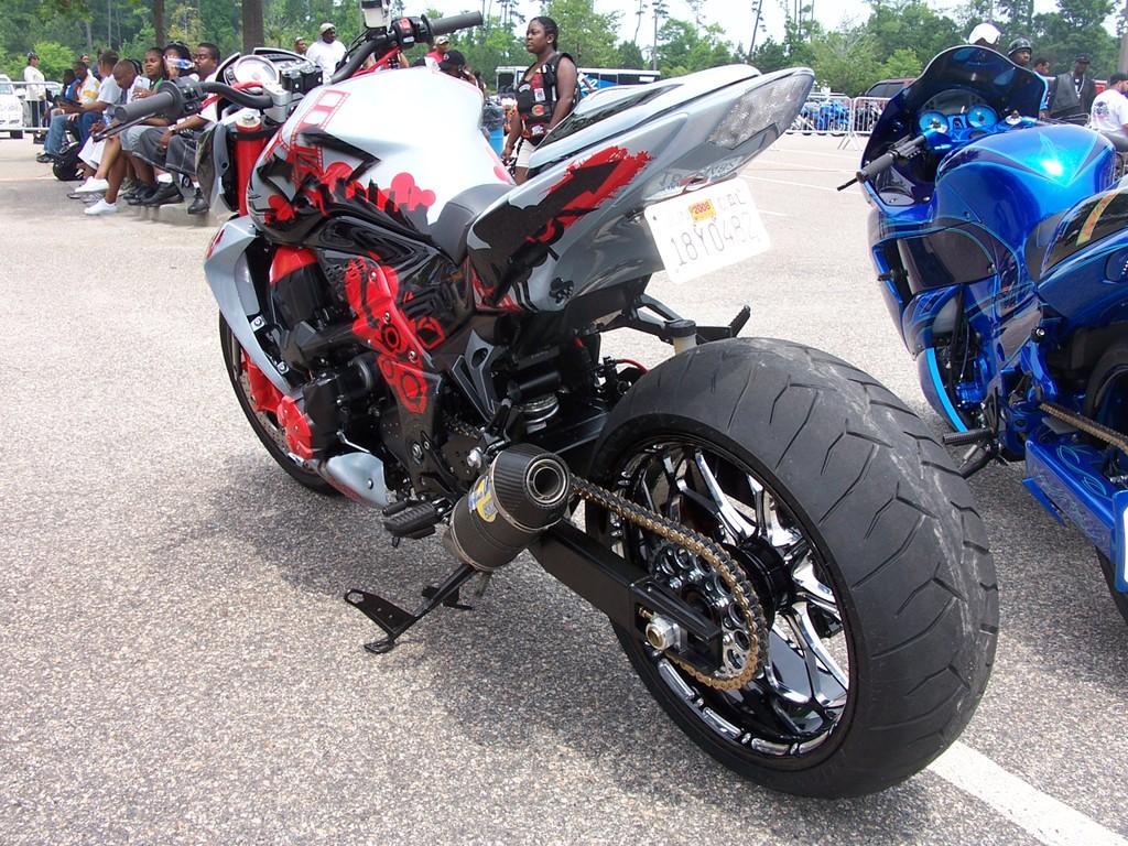Kawasaki z1000 winning criteria of champs