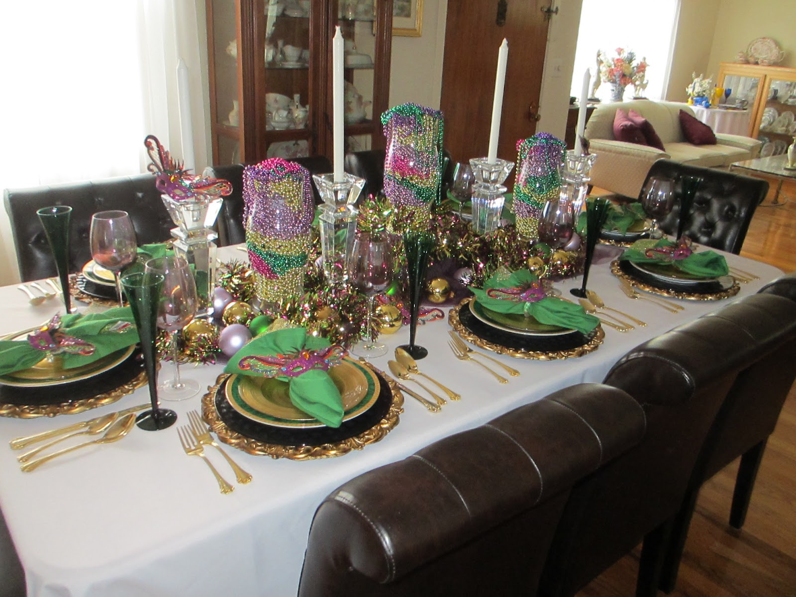Mardi Gras Celebration Table & The Welcomed Guest: Mardi Gras Celebration Table