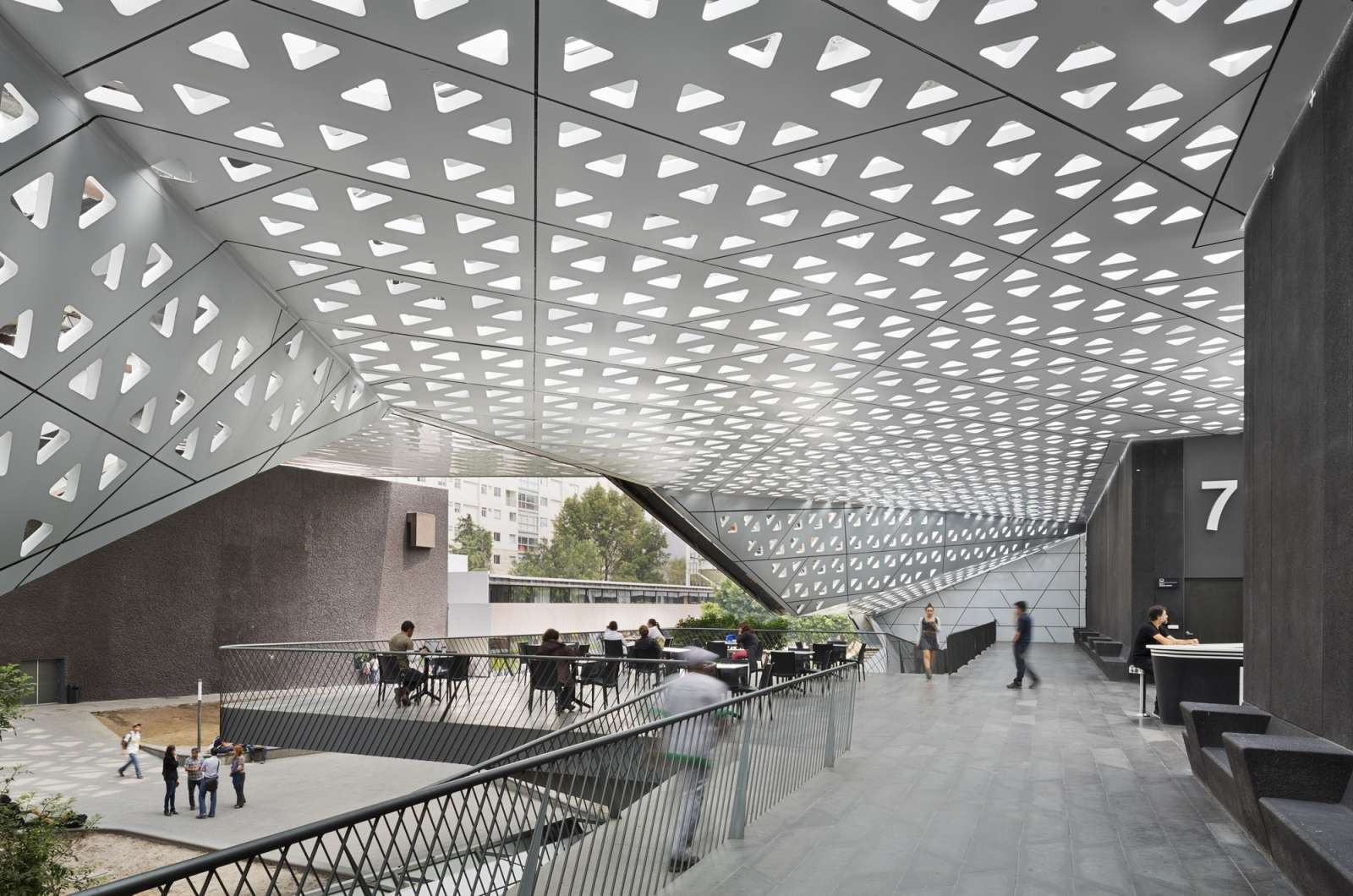 08-Cineteca-Nacional-Siglo XXI-por Rojkind Arquitectos-
