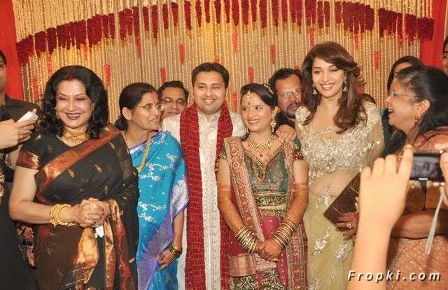 madhuri dixit wedding album - photo #4