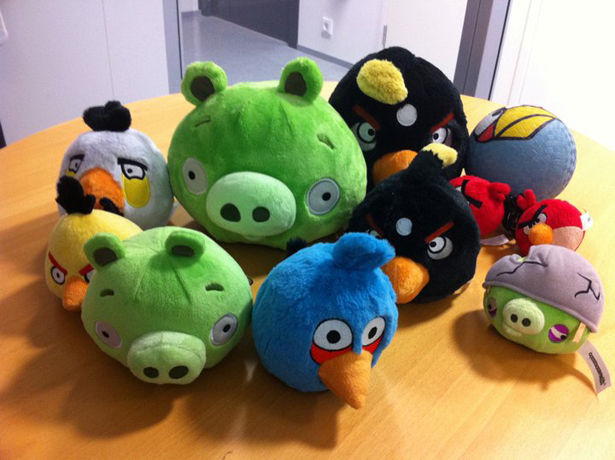 Angry Birds Stuffed Toys : Piggy tales game review angry birds vs green pigs