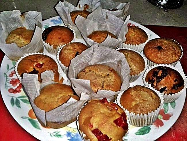 Muffins de frutas y chocolate