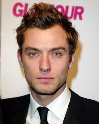 JUDE LAW WAVY HAIR STYLE