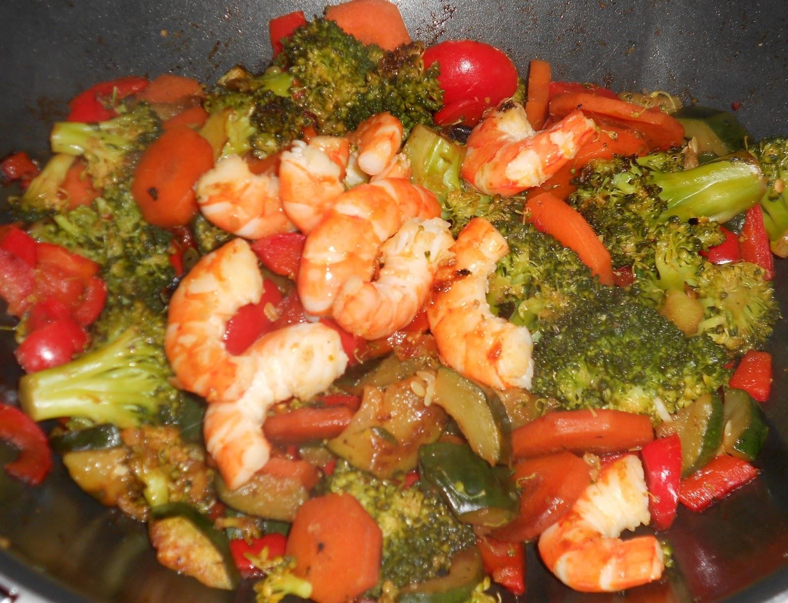 La cuisine de lili wok crevettes et petits l gumes - La cuisine de lili ...