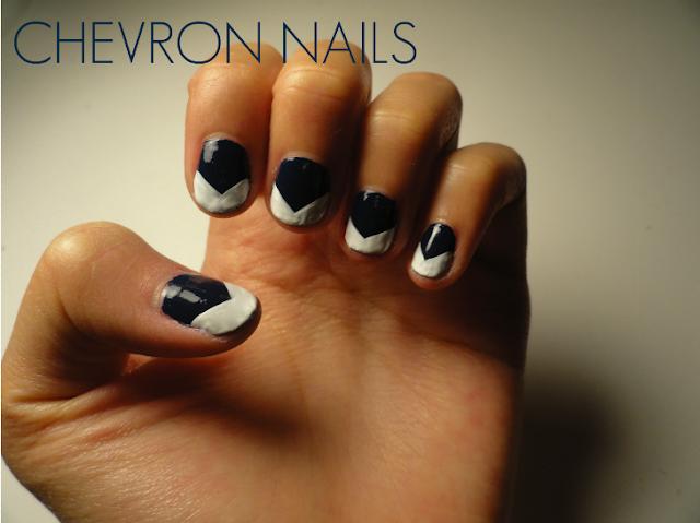 chevron tip nails, chevron nail design, navy polish